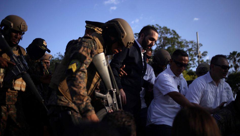 Staatschef Bukele inszeniert sich als Reformer