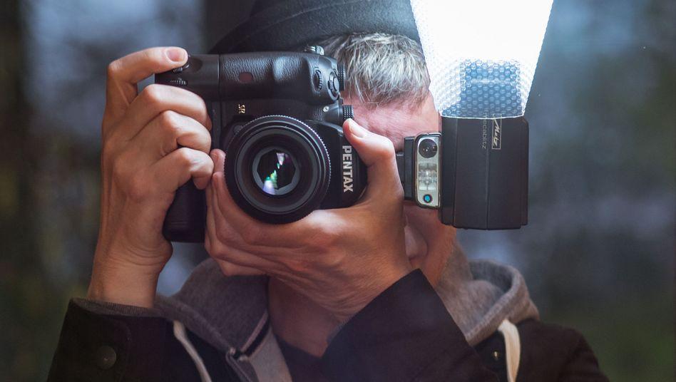 Fotoapparat mit Lichtformer