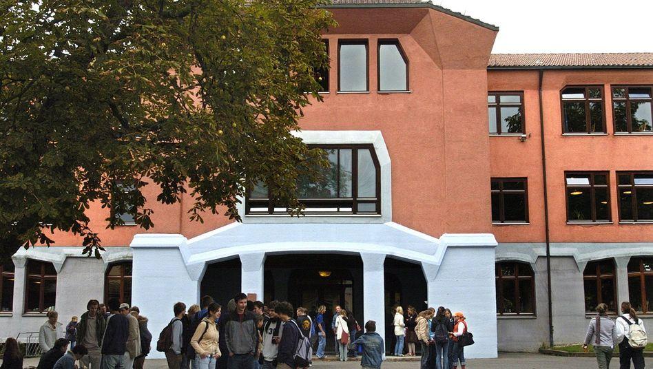 Die Waldorfschule in Stuttgart wurde 1919 gegründet und ist die erste Waldorfschule der Welt (Archivbild)