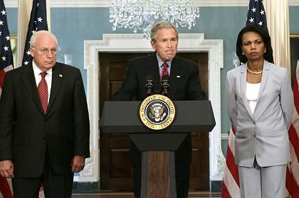 US President George Bush pauses during remarks about the Middle East while joined by Vice President Dick Cheney and Secretary of State Condoleezza Rice.
