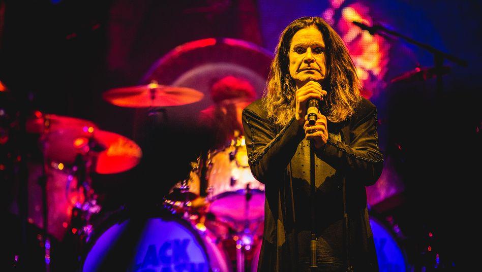Ozzy Osbourne findet es nicht lustig, dass Donald Trump seinen Song benutzt