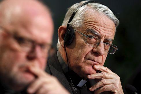 "Vatikan-Sprecher Federico Lombardi: ""Komplett gegenstandslose Berichte"""
