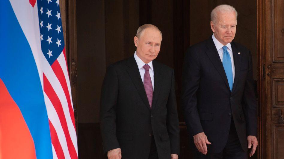 Putin (l.) und Biden in Genf