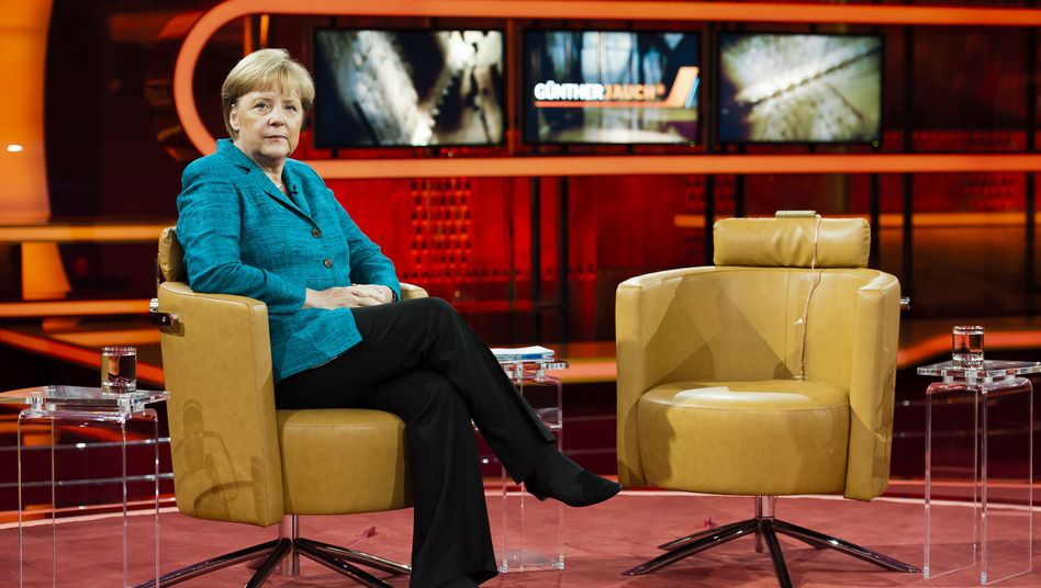 Chancellor Angela Merkel spoke to talk show host Günther Jauch about the euro crisis.