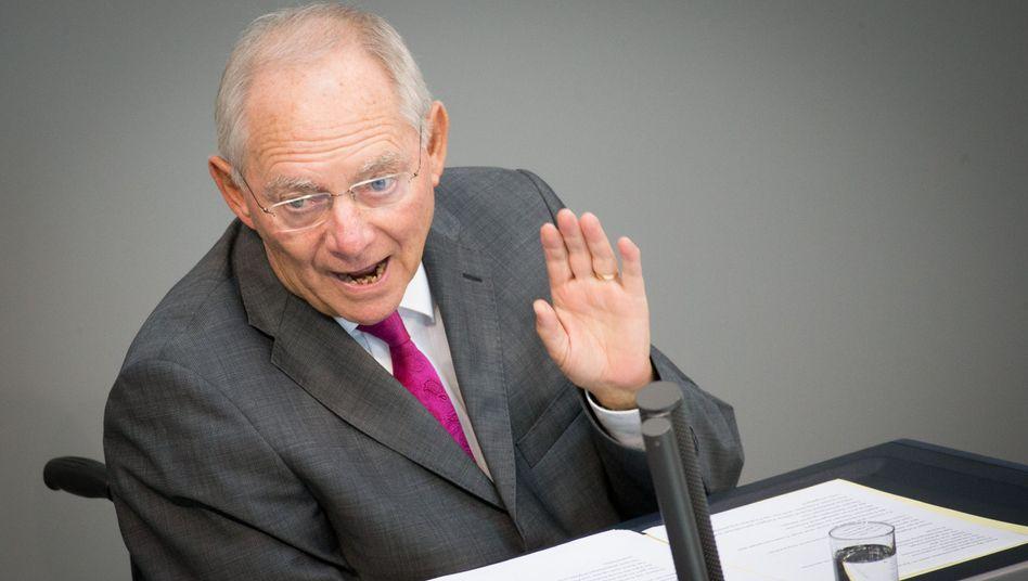 """Haushaltsberatungen: Schäuble räumt Flüchtlingskrise """"absolute Priorität"""" ein"""