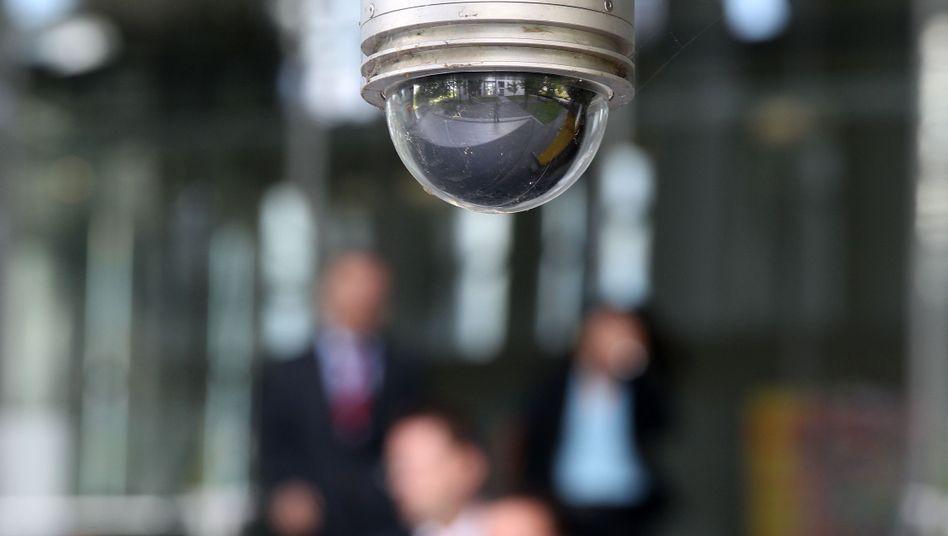 Überwachungskamera an der Bonner Zentrale der Deutschen Post: Gesetz gestoppt