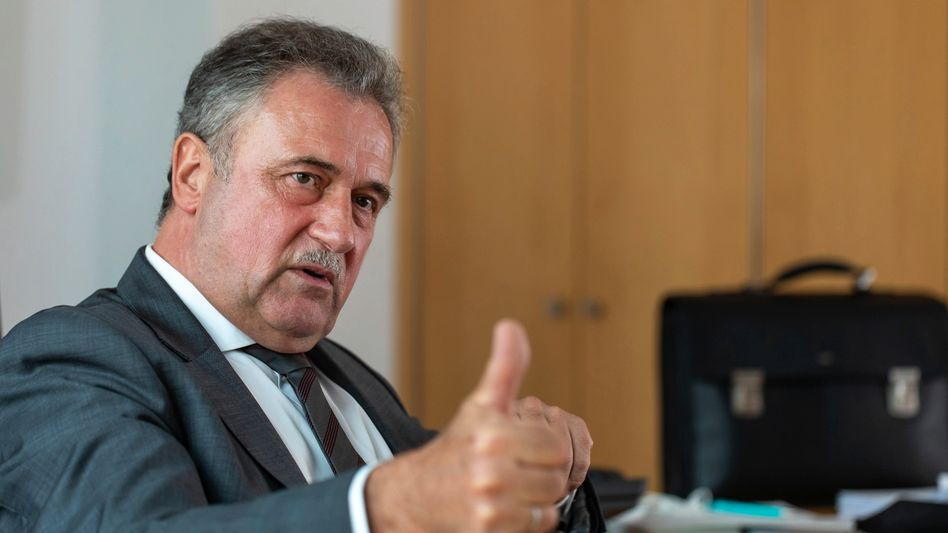 GDL-Chef Weselsky beim Interview