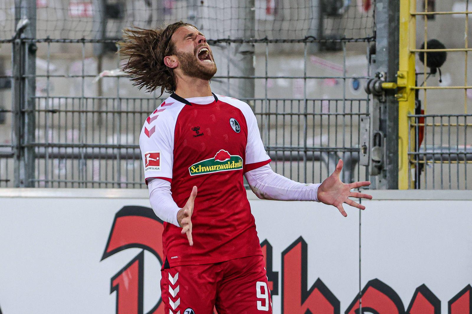 Fussball, 1.Bundesliga, 2.Spieltag - 20/21 - SC Freiburg vs. VfL Wolfsburg - 27. September 2020 Lucas Hoeler (SC Freibu