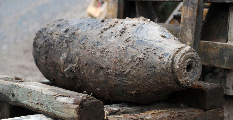 Archivbild: Fliegerbombe aus dem Zweiten Weltkrieg