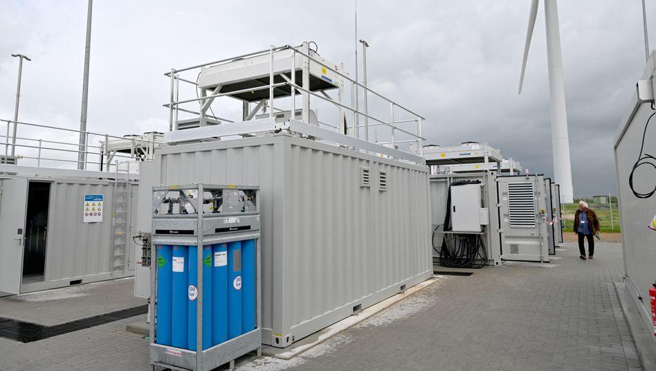 Wasserstoff-Produktionsanlage eines Mobilit??tsprojekts: Beim Verbrennen entsteht lediglich Wasser