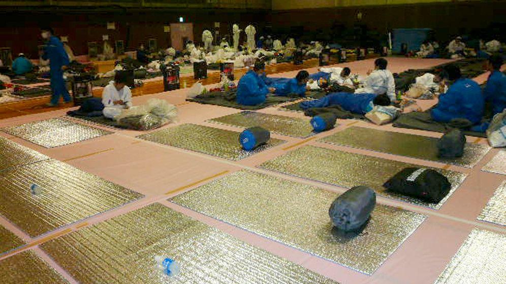 Atomruine Fukushima: Gespenstische Kulisse