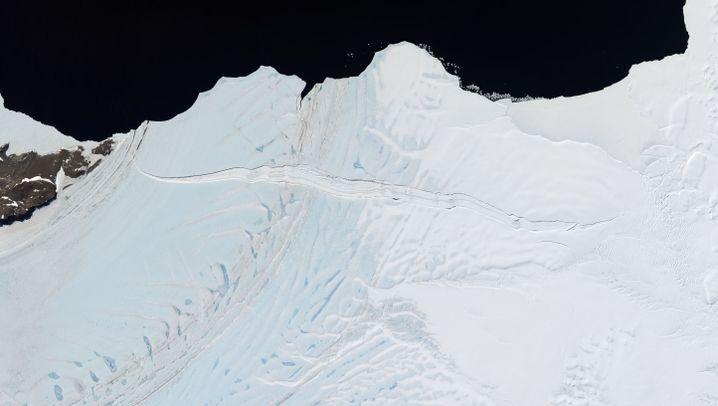 Antarktis: Gefährliches Schmelzwasser