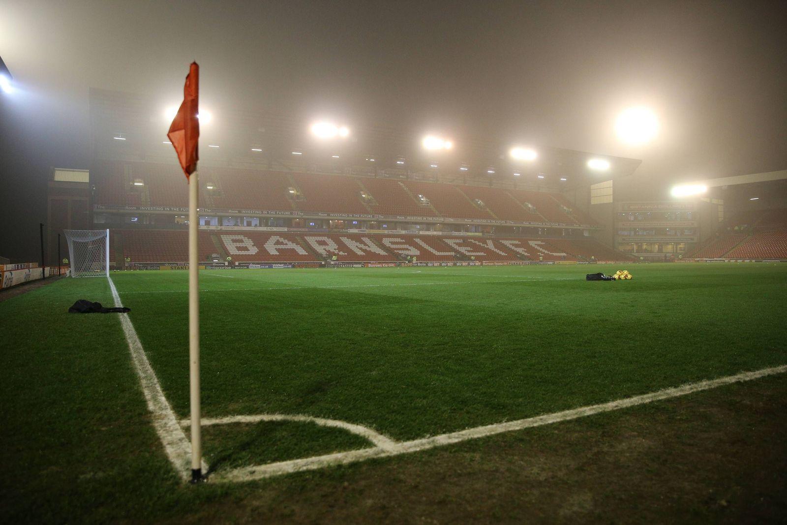 EINMALIGE VERWENDUNG Daniel Stendel/ FC Barnsley/ Oakwell Stadium