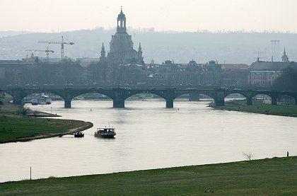 Blick in das Elbtal in Dresden: Ein Kompromiss soll nun den Welterbetitel retten