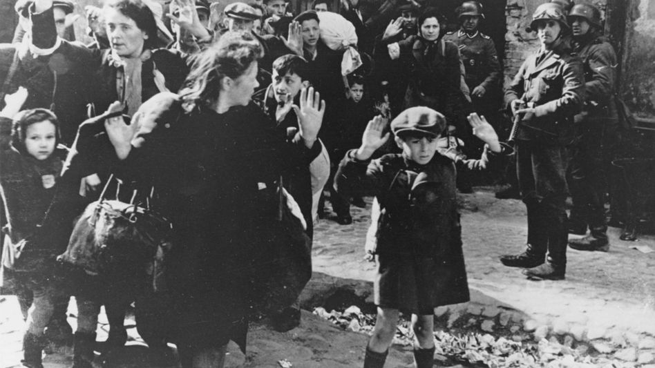 Warschauer Ghetto (1943): Hier sperrten die Nazis zeitweilig eine halbe Million Menschen ein