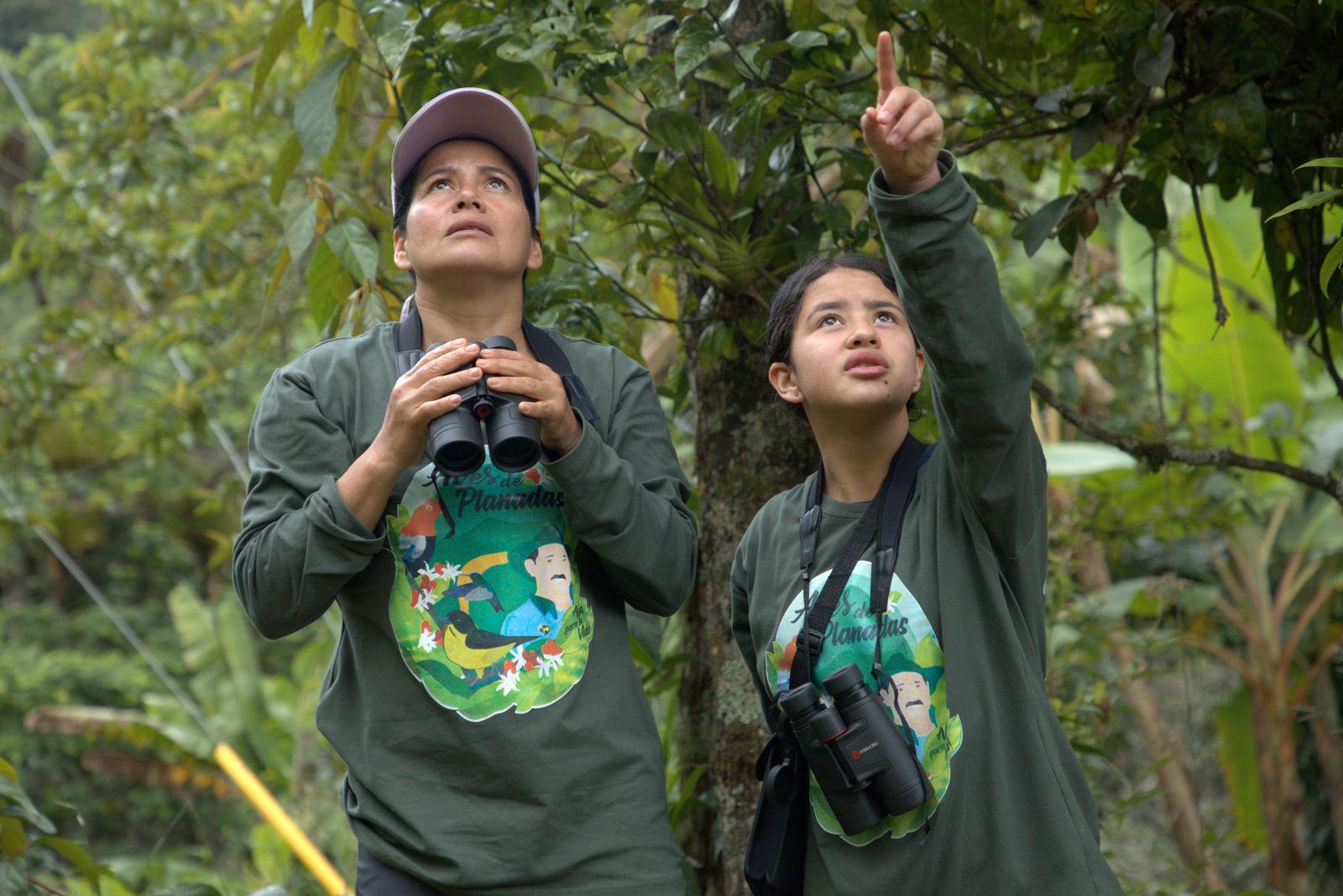 Aceneth Bedoya (links) mit ihrer Tochter Dayanna_Planadas_Credits_Marcos de la Oz-1