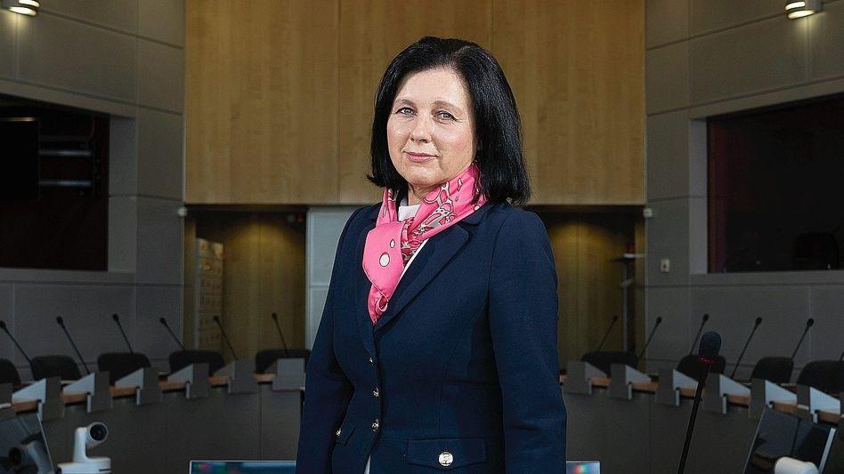 """Wertekommissarin Jourová:""""Es geht um Richtig oder Falsch"""""""