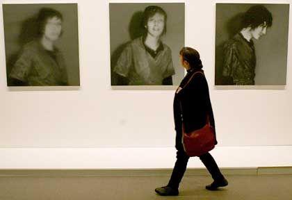 """RAF-Zyklus von Gerhard Richter in der Nationalgalerie: """"Die Bilder sind Vergangenheit"""""""