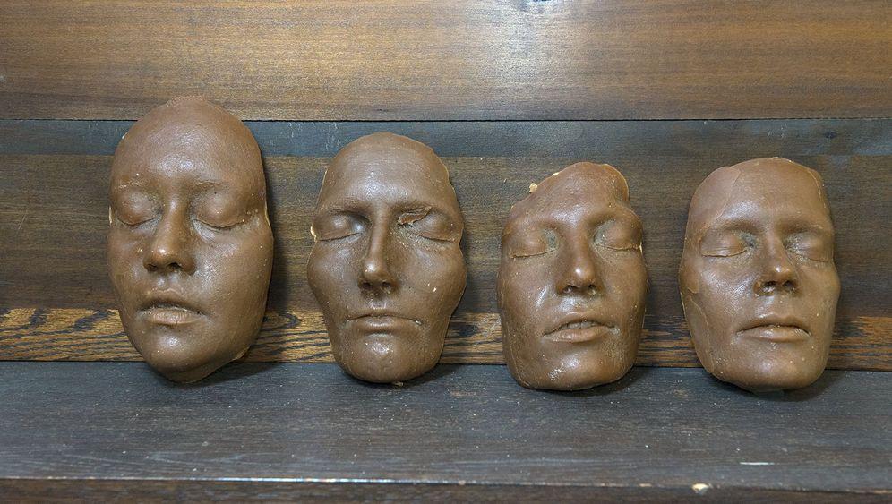 Experimentelle Archäologie: Römermaske im Selbstversuch