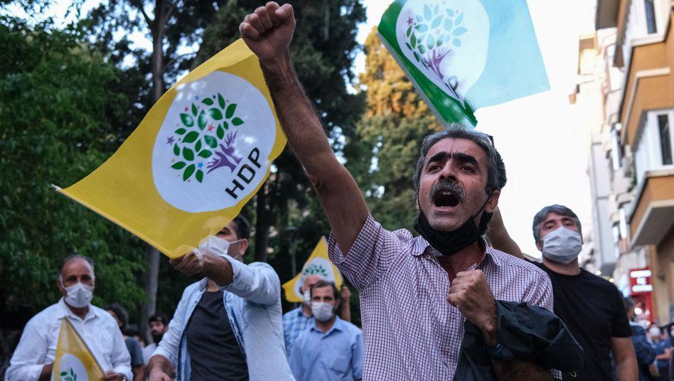 Proteste gegen Verhaftungswelle: Die Opposition vermutet ein Ablenkungsmanöver