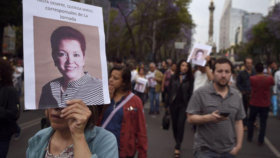 Protestmarsch nach Mord an Miroslava Breach