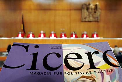 The offices of German political monthly Cicero were raided by the police in 2005. Now Germany's highest court has decided the raid was unconstitutional.