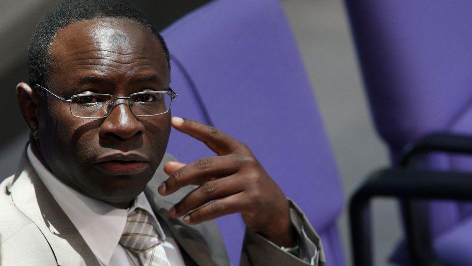 """Karamba Diaby: """"Ich nehme die Drohung ernst"""""""