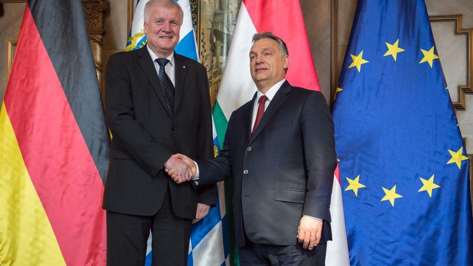 Horst Seehofer (l.), Viktor Orbán