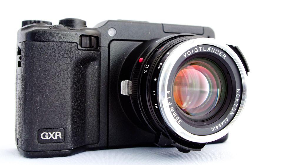 Manuelle Objektive an Systemkameras: Sony Nex-5N und Ricoh GXR A12 M