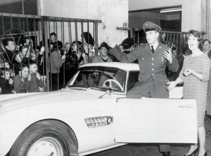Elvis on Tour - in Deutschland in seinem BMW 507