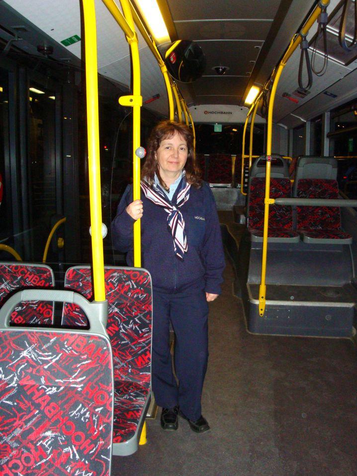 """Busfahrerin Kuklok: """"Ich weiß von Kollegen, die schlecht schlafen, aber mir geht es gut"""""""