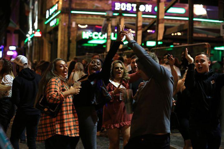 Partygänger in Liverpool (Foto vom 10. Oktober 2020)
