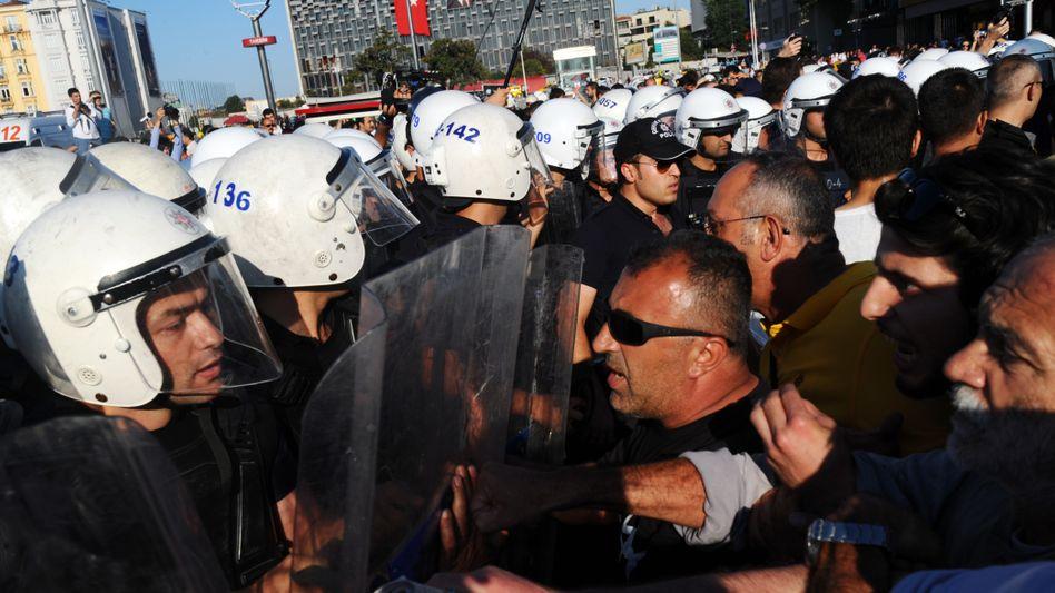 Proteste auf dem Taksim-Platz (Archiv): Polizei ging hart gegen die Demonstranten vor