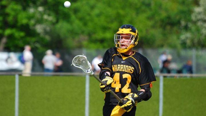 Lacrosse: Checken, kämpfen, laufen