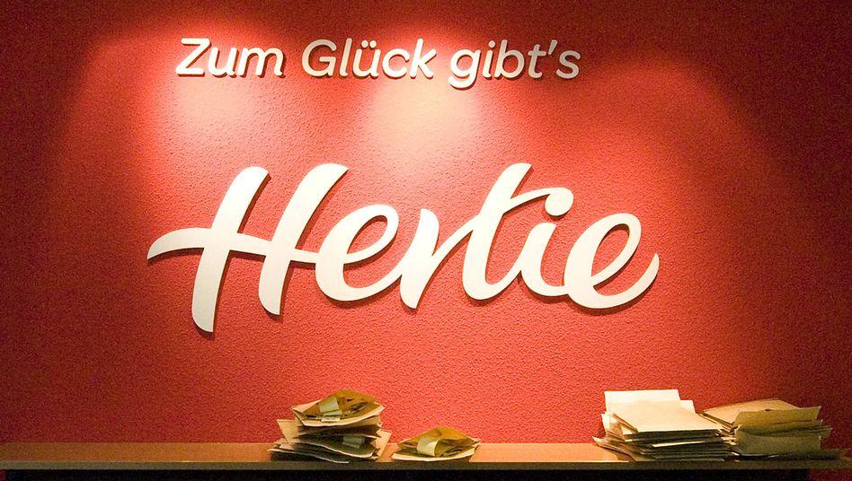 Hertie-Zentrale im Mai 2009: Neues Leben nach der Pleite