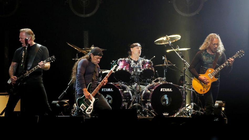 Die Band Metallica will 750.000 Australische Dollar an Buschbrandopfer in Australien spenden