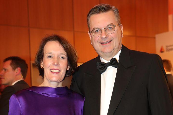 DFB-Präsident Reinhard Grindel mit Ehefrau (beim Ball des Sports 2019)