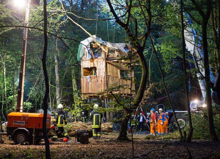 Räumungsaktion im Hambacher Forst