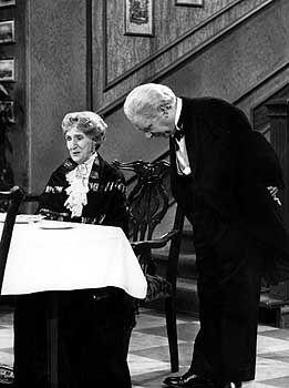 """TV-Klassiker """"Dinner for One"""", Darsteller Warden, Frinton: """"No comment"""""""