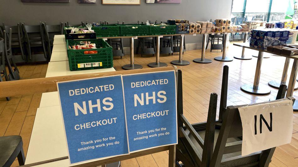 NHS-Meldestelle in einem Supermarkt