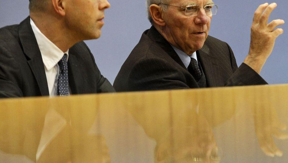 Staatssekretär Asmussen, Finanzminister Schäuble: Der wichtigste Mann geht