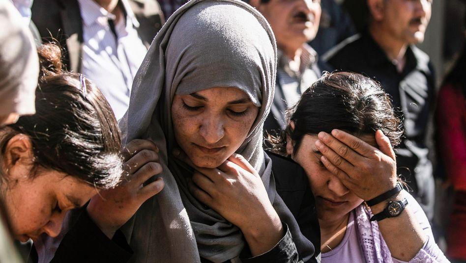 Jesidinnen in Syrien: Menschenrechtler sprechen von einer katastrophalen Entscheidung