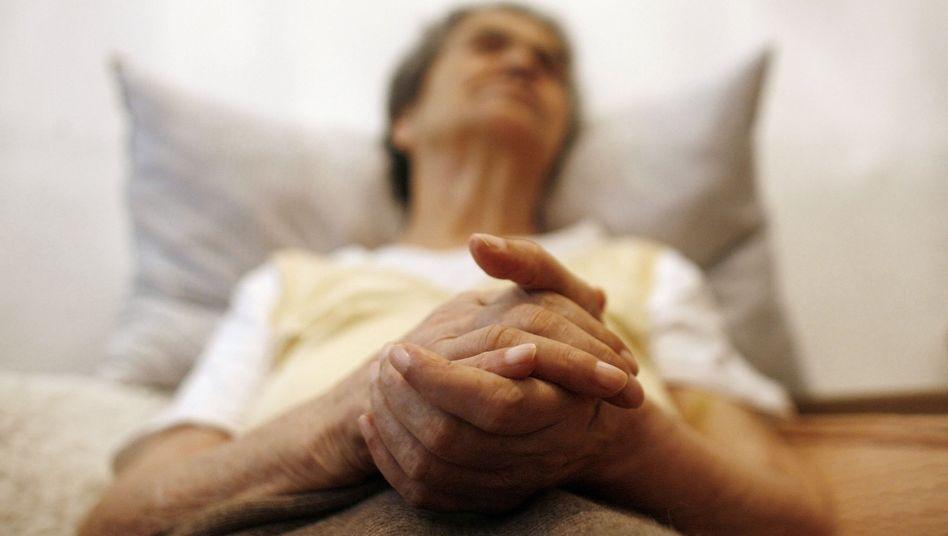 Alzheimerpatientin (in Portugal, 2009): Schwierige Suche nach Medikamenten