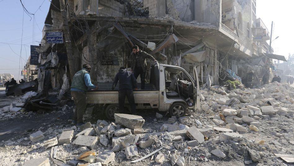 Idlib ist die letzte große Rebellenhochburg in Syrien - und immer wieder Ziel von Luftangriffen