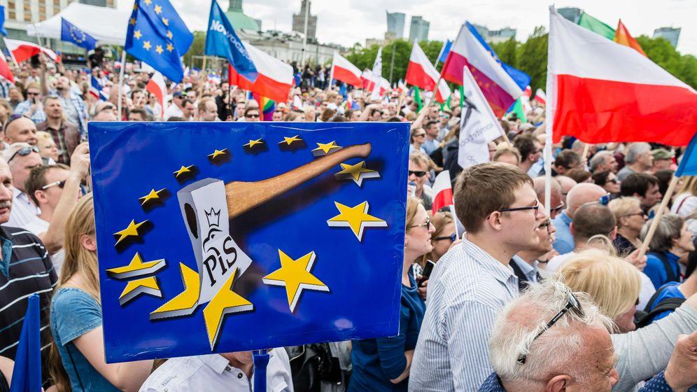 Massenprotest in Polen: Europa-Express? Oder Tanssib?