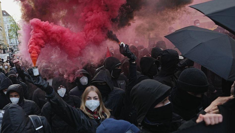 Demonstrierende am 1. Mai in Berlin: Provokationen haben den größten Erfolg.