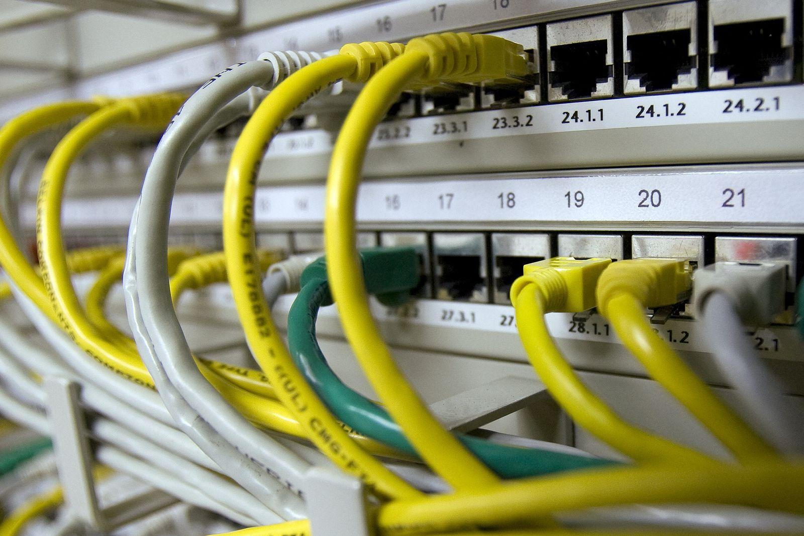 Netzwerkkabel/ Vorratsdatenspeicherung