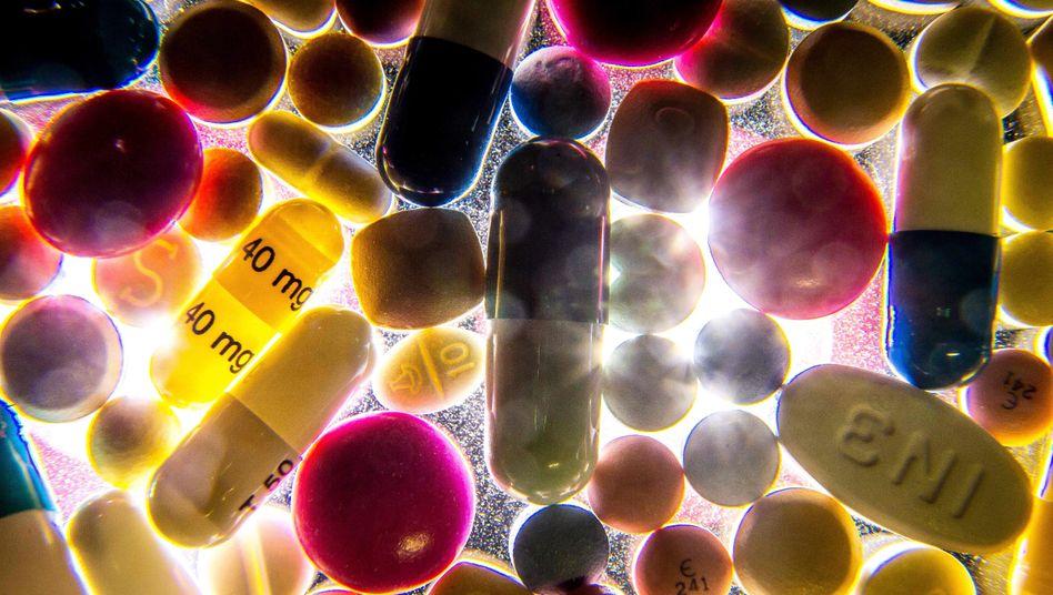 Pillen, Kapseln und andere Arzneimittel