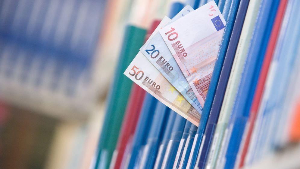 Einfallsreiches Geldausgeben: Wofür Unis Gebührengelder verwenden