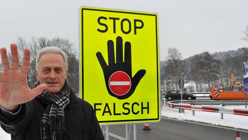 Verkehrsminister Ramsauer: Mal ordentlich hinlangen?